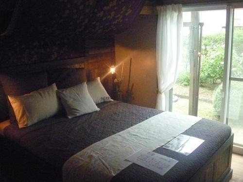 和室から洋室のベッドルームにしました