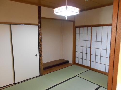1階の和室です